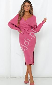 Różowa sukienka dzianinowa ...
