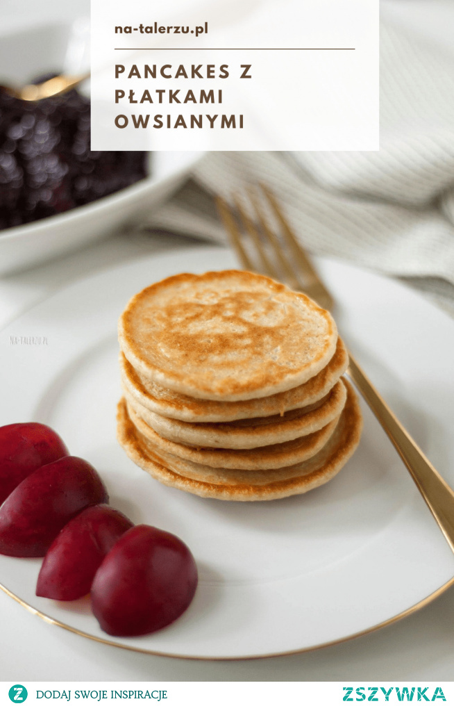Pancakes fit z płatkami owsianymi to świetny przepis na fit śniadanie. Placuszki z dodatkiem płatków to zdrowsza i bardziej sycąca wersja tych puszystych, amerykańskich placuszków.