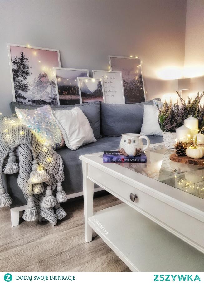 Jesień w salonie instagram kinielka  #salon #jesien #dekoracjejesienne #dynie #plakaty #instagram #koc