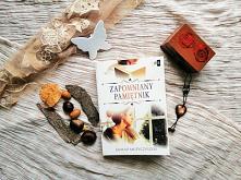 """""""Zapomniany pamiętnik"""" - Janusz Muzyczyszyn     Przeszłość jest jak drzazga w relacji matki i córki."""