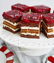 Ciasto MALINOWA KSIĘŻNICZKA z masą krówkową. Przepis po kliknięciu w zdjęcie.