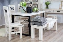Kolekcja Steel to woskowane meble w stylu prowansalskim. Wykonane z litego drewna sosnowego, woskowane w kolorze białym z ręcznie wykonanymi okuciami. Drewniany stół z krzesłami...