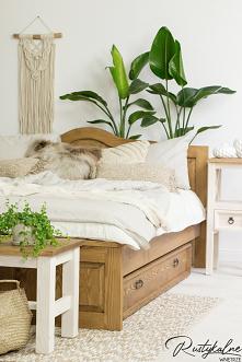 Łóżko w stylu rustykalnym i boho. Drewniane łózko do sypialni i pokoju dziecięcego