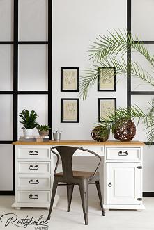 Białe biurko drewniane do salonu i sypialni. Rustykalne biurko drewniane do pokoju dziecięcego i gabinetu.