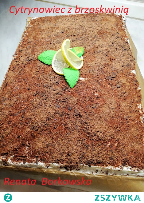 """Ciasto  """"   Cytrynowiec""""   z  brzoskwiniami  pod   posypką   czekoladową ."""