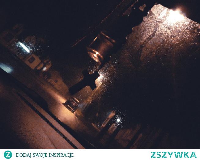 #noc#krzyżyk#lampy#