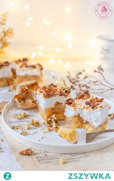 Bezowa szarlotka z orzechami - Najlepsze przepisy   Blog kulinarny - Wypieki Beaty