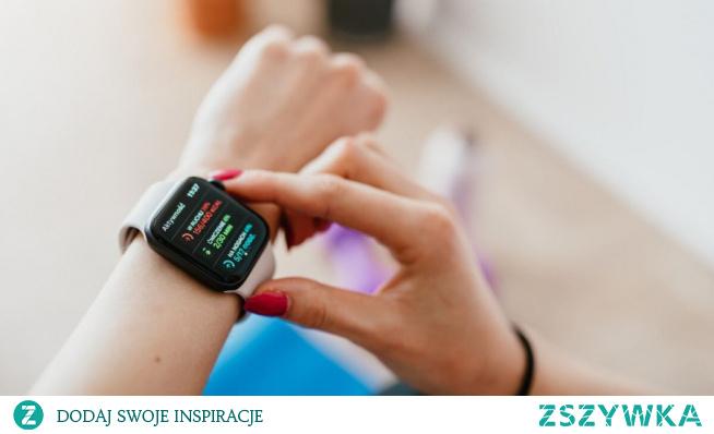 Zegarek sportowy liczący kalorie