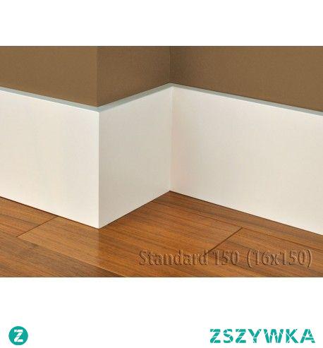 Wysoka biała listwa przypodłogowa wykonana z MDF wilgocioodpornego Standard 150 Lagrus Plus. Dany model Standard 150 listwy podłogowej jest gładki bez zdobień. Jest to wysoka lakierowana listwa przypodłogowa o wymiarach 15 x 1,6 x 244 cm. Co ważne listwa Standard 150 z kolekcji Plus jest odporna na wilgoć.