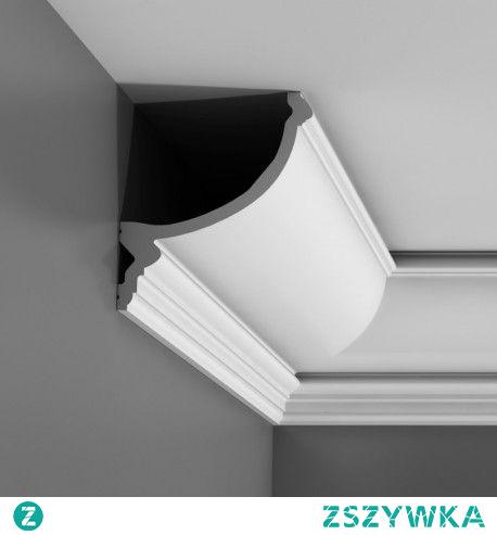 Gzyms C900 Luxxus Orac Decor ćwierćwałkowy. Dzięki oryginalnej konstrukcji profilu istnieje możliwość zamontowania oświetlenia LED rzutującego na sufit dając romantyczny nastój. Listwa gzymsowa oświetleniowa wykorzystywana jest do oświetlenia pośredniego. Prosty model sztukaterii z frezami w dolnej części fajnie sprawdza się w aranżacjach klasycznych, współczesnych i nowoczesnych.
