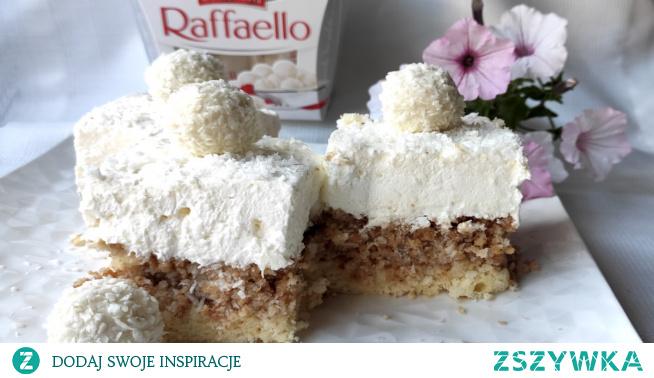 Ciasto Raffaello to smaczne, lekkie, przekładane ciasto