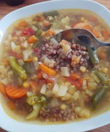 Zupa zimowa z kaszą gryczan...