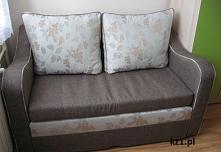 Idealna kanapa dwuosobowa do małego pokoju.