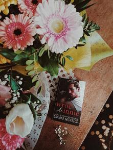 """Czytaliście już """"Wróć do mnie""""? Zapraszamy na Instagram sisters_as_books po więcej..."""