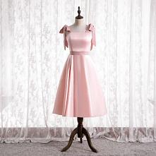 Śliczny Cukierki Różowy Satyna Sukienki Dla Druhen 2021 Princessa Kwadratowy Dekolt Kokarda Bez Rękawów Bez Pleców Długość Herbaty Sukienki Na Wesele
