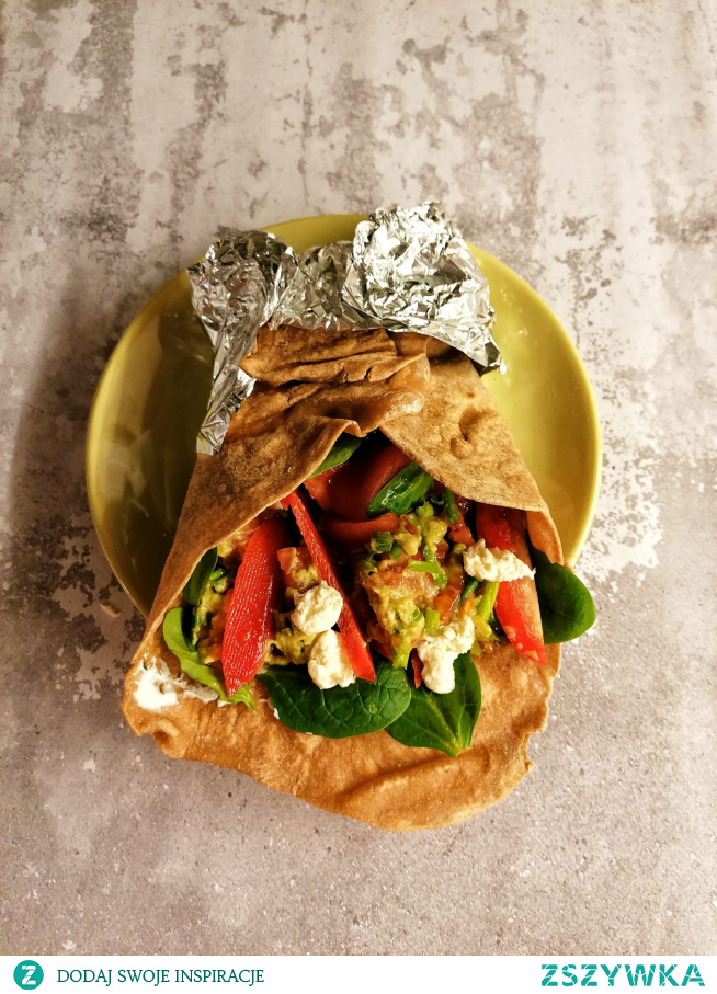 #Pyszna #tortilla domowej roboty z guacamole i warzywami