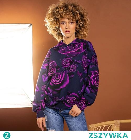 Bluza z autorskim printem projektantki, Mility Nikonorov. Zaprojektowana z najwyższej jakości, miłej w dotyku dzianiny z naturalnych surowców.