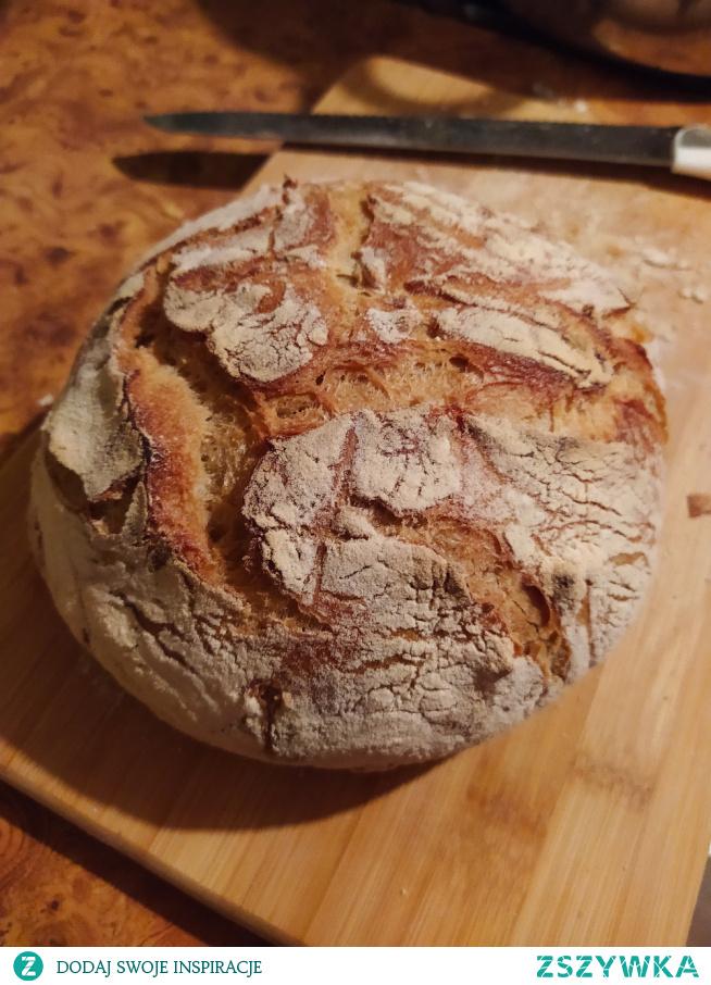 Pyszny z chrupiącą skórką chleb z gara #chleb#idealny#chrupiący# przepis od dziewczyny z instagrama onijka