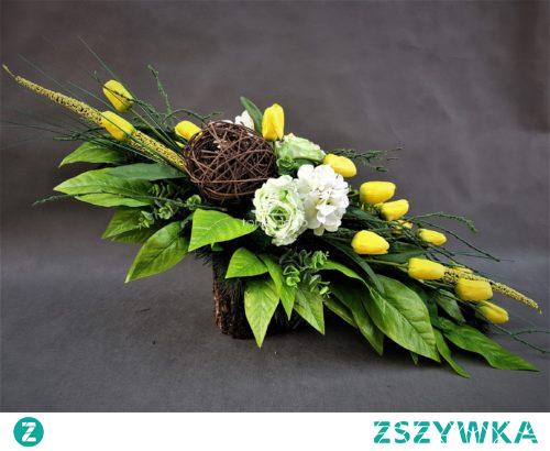 Wiosenny stroik z tulipanów od totaldeco.pl