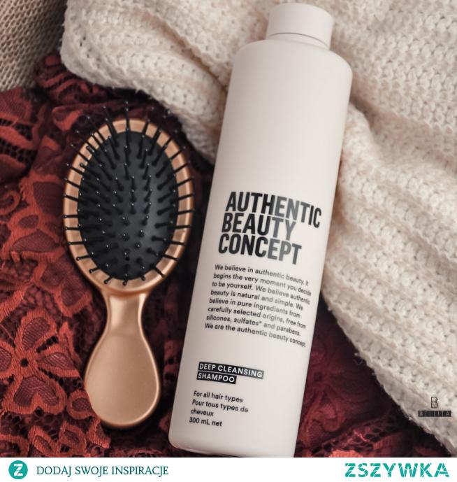 Głęboko oczyszczający szampon do każdego rodzaju włosów.