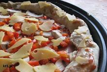 Przepis na domową pizzę.