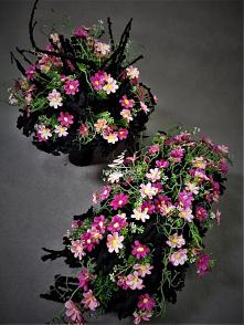 Różowe kwiaty na cmentarz o...