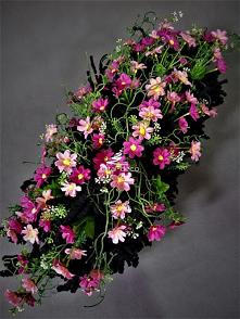 Wiązanka z różowych kwiatów...