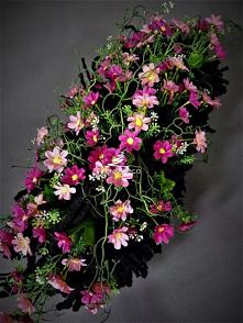 Wiązanki z polnych kwiatów ...