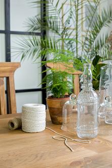 Drewniany stół, taoletka, k...