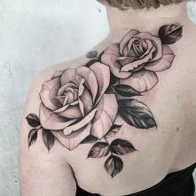 Tatuaż wykonany przez Adę z...