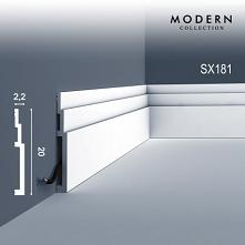 Listwa przypodłogowa SX181 Axxent Orac Decor High Line to model sztukaterii dekoracyjnej, który doskonale akcentuje przejście od ściany do podłogi. Gładki profil Cokoła z idealn...