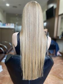 Blond na włosach długich