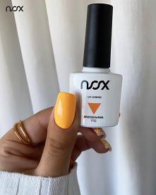 Brzoskwinia to kolor, który świetnie podkreśla opaleniznę i doskonale współgra z letnimi kreacjami. Wykorzystaj kod rabatowy #lato2021 dający 20% zniżki na wszystkie produkty i ...