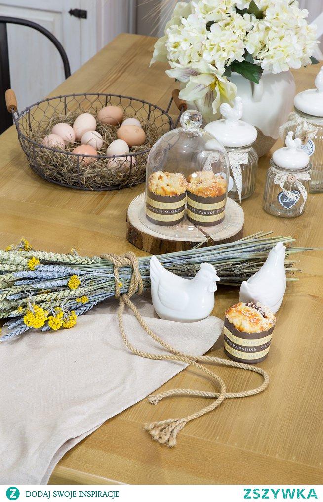 Jadalni na Wielkanoc, drewniany stół do jadalni. #Zróbtosam #Wielkanoc #Meble #Dodatki #Beautiful  #Rękodzieło #Stylizacja #Wiosna #Wystrójwnętrz  #stół #jadalnia