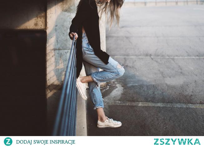 TOP 3. modele butów damskich na wiosnę - musisz je mieć!
