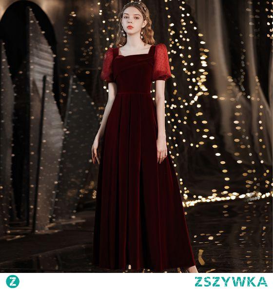 Proste / Simple Burgund Zamszowe Sukienki Wieczorowe 2021 Princessa Kwadratowy Dekolt Kótkie Rękawy Bez Pleców Długie Wieczorowe Sukienki Wizytowe