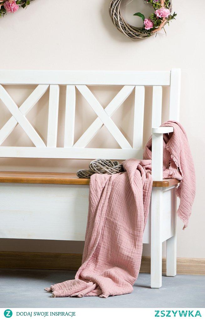Ławka drewniana z oparciem i schowkiem do przedpokoju, balkon lub taras  #Dodatki #Stylizacja  #Rękodzieło #Wystrójwnętrz #Wnętrze #ławka #Zróbtosam  #Meble #Wnętrza #Dom #Meble