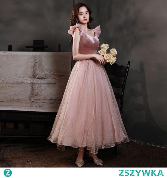 Vintage Różowy Perłowy Zamszowe Sukienki Na Bal 2021 Princessa Bez Rękawów Bez Pleców Kwadratowy Dekolt Długość Herbaty Bal Sukienki Wizytowe