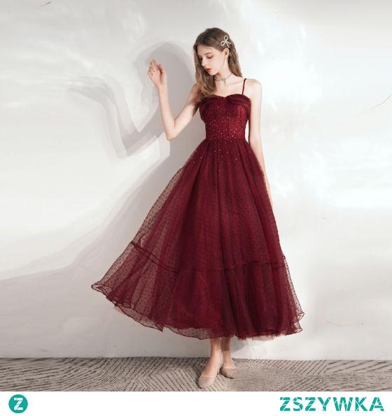Piękne Burgund Homecoming Sukienki Na Bal Sukienki Wieczorowe Sukienki Na Studniówke 2021 Princessa Spaghetti Pasy Frezowanie Kryształ Cekiny Bez Rękawów Bez Pleców Długie Sukienki Wizytowe