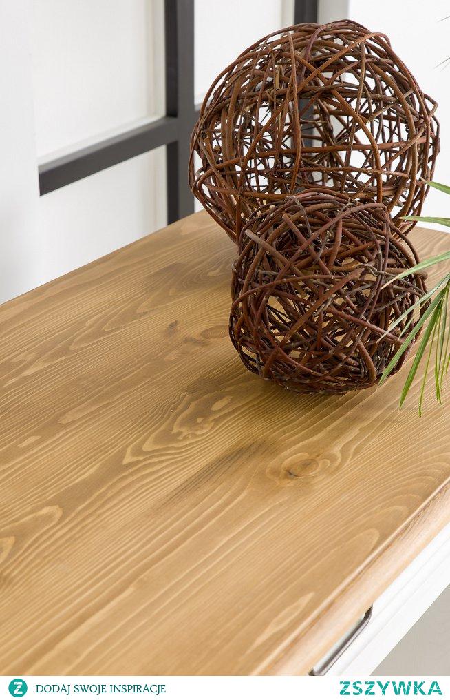 Białe drewniane biurko do gabinetu, duże biurko sosnowe #Wystrójwnętrz #Wnętrze  #Meble #Dodatki  #Dom #biurko #Design #Kwiaty #Stylizacja #gabinet #biuro