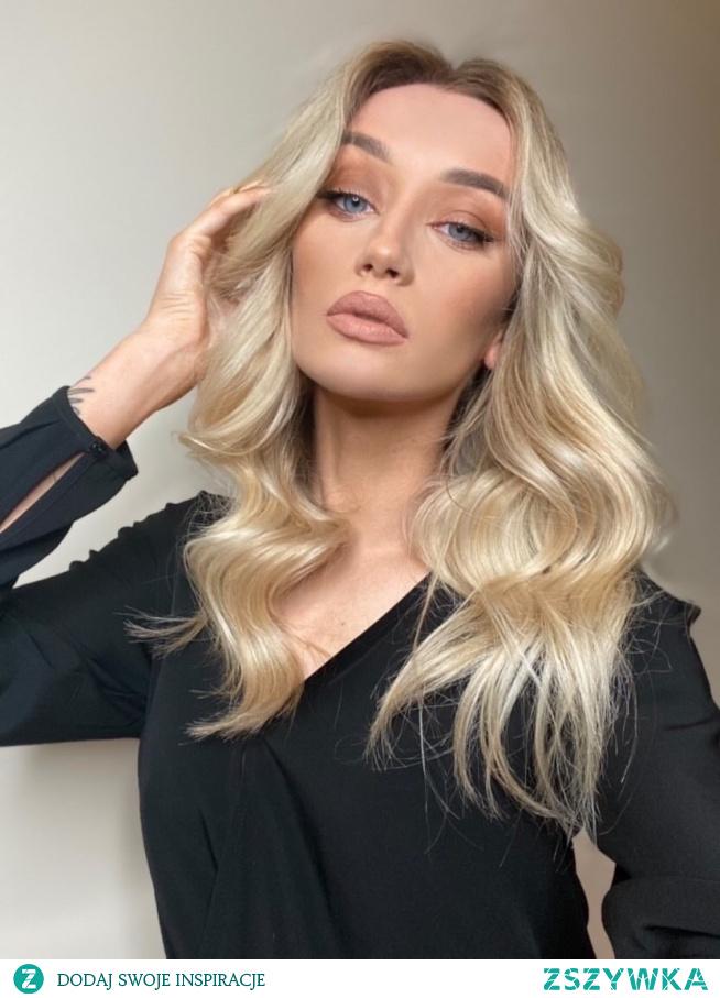 Świetlisty i zdrowy blond  Salon FOR HAIR