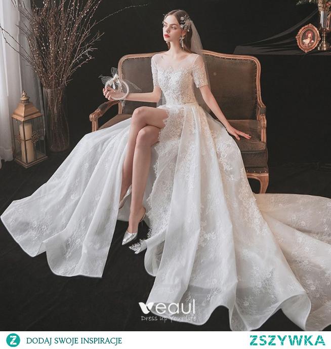 Uroczy Kość Słoniowa Podział Przodu Suknie Ślubne 2021 Princessa Wycięciem Frezowanie Z Koronki Kwiat Szarfa Kótkie Rękawy Bez Pleców Ślub Trenem Królewski
