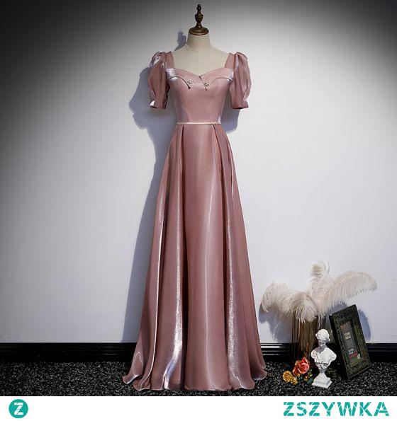 Eleganckie Ciemny Róż Satyna Sukienki Na Bal 2021 Princessa Kwadratowy Dekolt Perła Szarfa Kótkie Rękawy Bez Pleców Długie Bal Sukienki Wizytowe