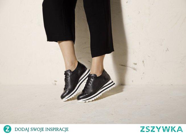 Jak nosić sneakersy damskie, do jakich rzeczy pasują?