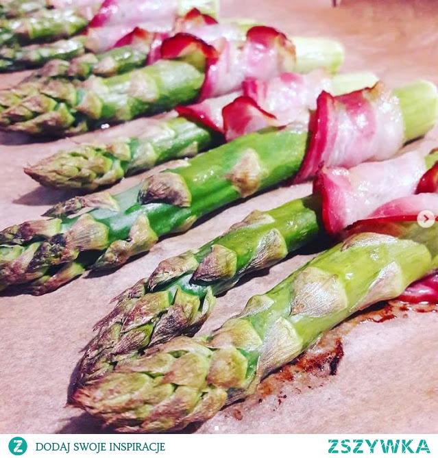 Lubisz szparagi? Zapraszam na mojego bloga, poznasz 11 powodów dla których warto je jeść! A teraz sezon na szparagi! :)