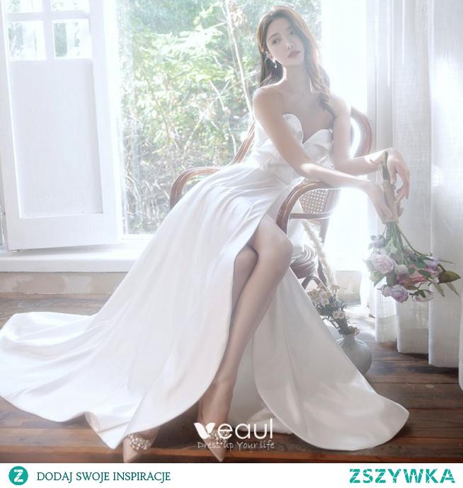 Proste / Simple Kość Słoniowa Podział Przodu Satyna Suknie Ślubne 2021 Princessa Bez Ramiączek Bez Rękawów Bez Pleców Trenem Sweep Ślub