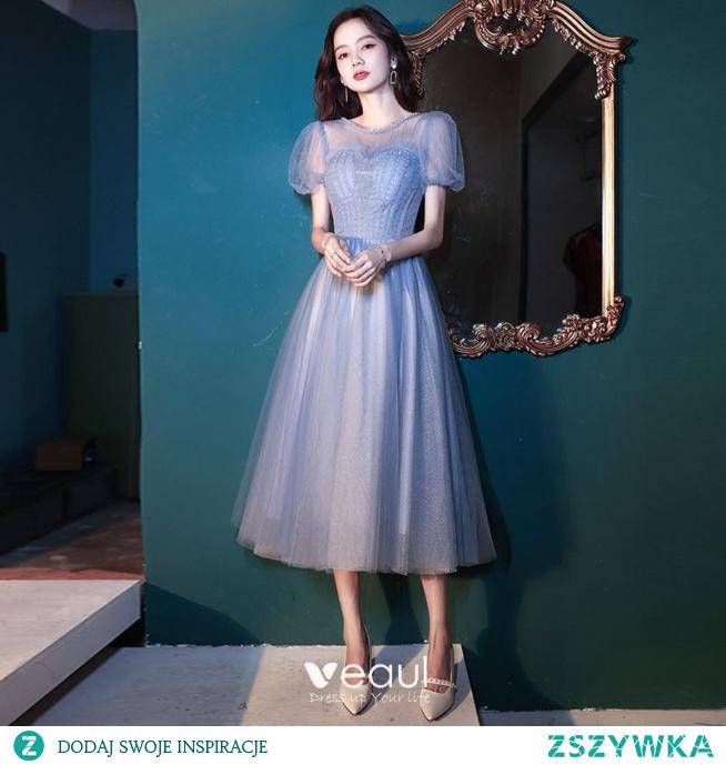 Piękne Błękitne Sukienki Na Bal 2021 Princessa Frezowanie Wycięciem Kótkie Rękawy Bez Pleców Długość Herbaty Bal Sukienki Wizytowe
