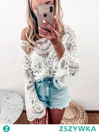 Bluzka Tulum to propozycja dla miłośniczek stylu boho. Możesz ją nosić zarówno jako uzupełnienie stylizacji na co dzień lub po prostu wybierając się plażę zarzucić na strój kąpielowy.
