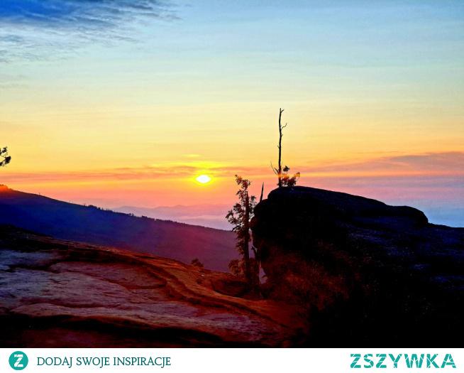 Wschód słońca na Malinowskiej Skale
