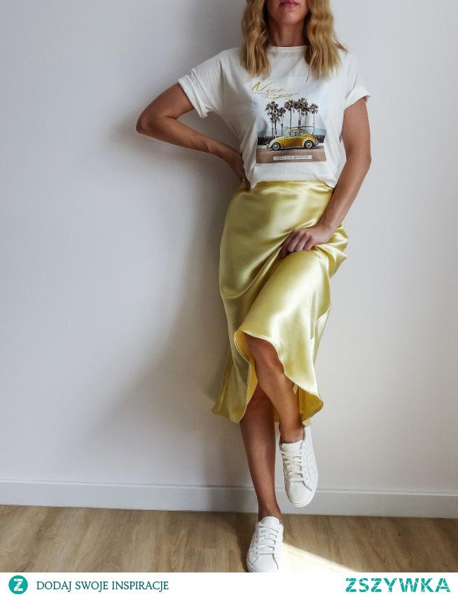 T-shirt dostępny na Vinted : zalukaj123 #moda #zakupy#style #ootd